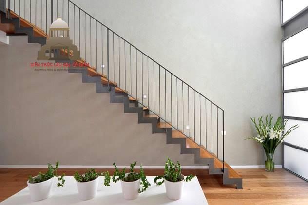 Cầu thang 23 bậc có sao không 1