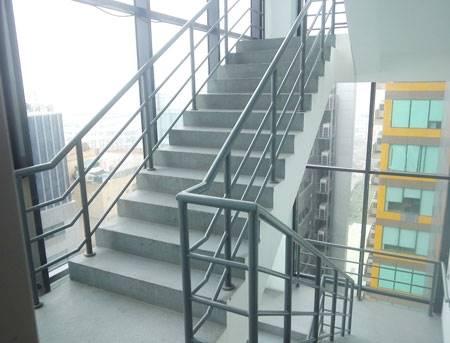 Tiêu chuẩn thiết kế thang thoát hiểm nhà cao tầng, chung cư 1