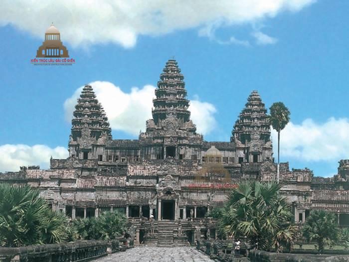 Kiến trúc cổ đại phương đông đền Ăng Co tại Campuchia